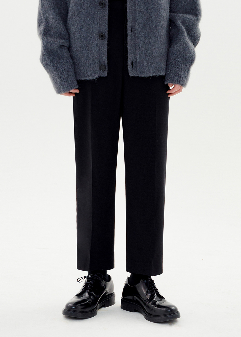 CROP WIDE SLACKS JS [BLACK]