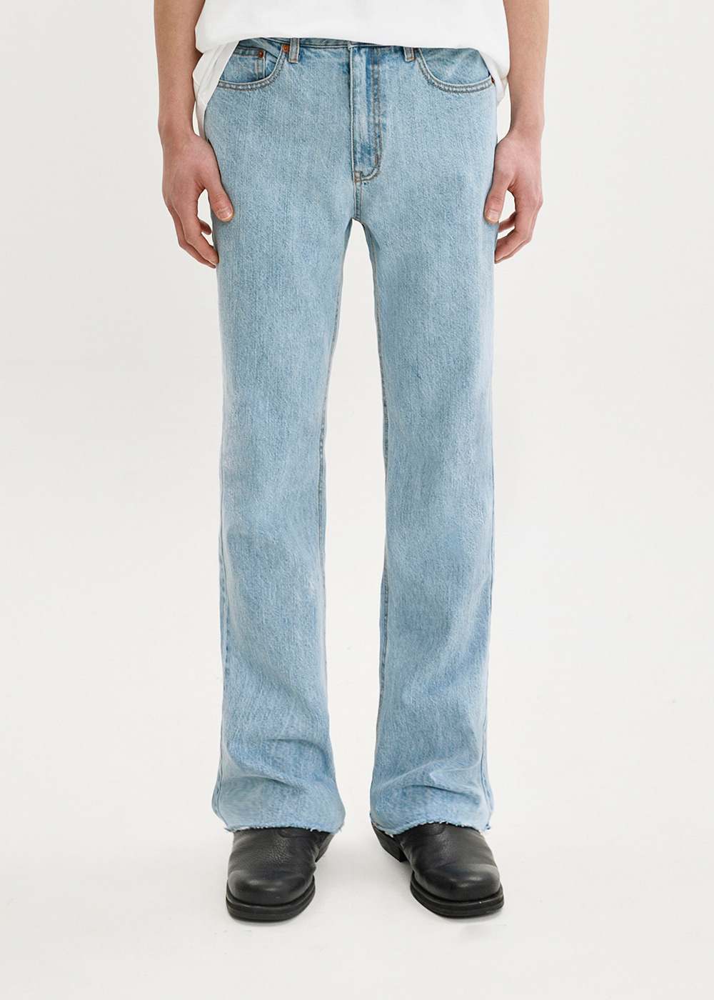 BOOTS CUT CROP JEANS JS [LIGHT BLUE]