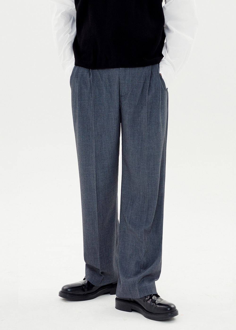 TWO TUCK SLACKS [GRAY]